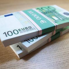 Gold Money, My Money, Money From Home, Earn Money, Make Money Online, How To Make Money, Felix Diaz, 100 Dollar Bill, Vestidos