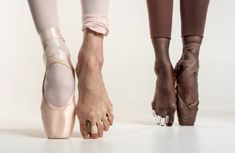 """""""I feel like I'm always in a battle with my feet,"""" says Lauren Lovette, with a sigh. One of New York City Ballet's principal ballerinas, Lovette. Dancers Feet, Ballet Feet, Ballet Dancers, Pointe Shoes, Ballet Shoes, Ashley Murphy, Black Ballerina, Ballerina Dancing, Ballet Photography"""