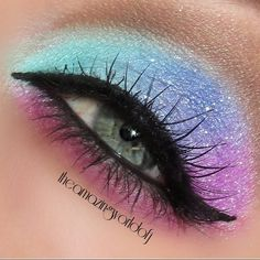 Make a statement on Valentines Day with seamlessly blended eyeshadow and jet black eyeliner. Complete the look with soft pink lipstick. Check out this how-to and the makeup essentials to DIY. Fairy Eye Makeup, Rave Makeup, Makeup Art, Makeup Tips, Beauty Makeup, Beauty Box, Beauty Tips, Makeup Ideas, Eyeliner