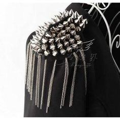 Buy 'Trend Cool – Spike Tassel Badge' with Free International Shipping at YesStyle.com. Browse and shop for thousands of Asian fashion items from China and more!