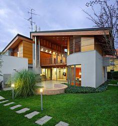 Exzentrisch Ungewöhnlich Modern family home K17 by DAR612