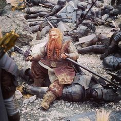 Gimli The Two Towers battle Aragorn, Legolas, Helms Deep, Bagginshield, Character Types, Light Film, Movie Shots, The Two Towers, Jrr Tolkien