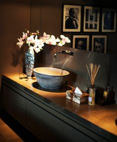 Bathroom / Eric Kuster / Dark bathrooms has its own atmosphere. 2019 Bathroom / Eric Kuster / Dark bathrooms has its own atmosphere. The post Bathroom / Eric Kuster / Dark bathrooms has its own atmosphere. 2019 appeared first on Bathroom Diy. Bathroom Inspiration, Interior Inspiration, Dark Bathrooms, Design Hotel, Luxury Interior Design, Bathroom Interior, My Room, House Styles, Home Decor