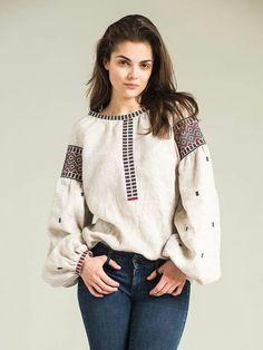 Ukrainian embroidered boho blouse vyshyvanka by GLAZDOV on Etsy Embroidered Clothes, Embroidered Blouse, Folk Fashion, Ethnic Fashion, Kurta Designs, Blouse Designs, Ukrainian Dress, Pakistani Fashion Casual, Shirt Embroidery