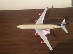 SAS Airbus A340 Scandinavian Airlines Model Aeroplane 1,250 Scale plastic,Small Star Alliance logo,Premier Portfolio Make,Made from plastic,NO Reg number on it,Plane measurements Length 25cm,Width wing tip to wing tip 24 1/2cm
