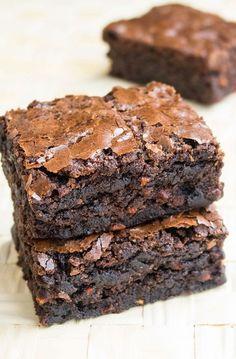 Şekersiz-Unsuz, Havuçlu Brownie Tarifi - Tarif Paylaşımları Cake Mix Desserts, Köstliche Desserts, Delicious Desserts, Yummy Food, Baby Food Recipes, Sweet Recipes, Snack Recipes, Dessert Recipes, Snacks