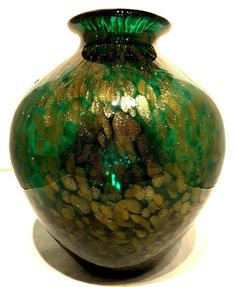 """#Murano~#Style~#Italy~#Green~#Gold~#Art #Glass~#Vase~9.25""""H~2.85KG  #Seraphimslair See #Etsy #eBay #Twitter #Facebook & #Instagram for #antique, #vintage & #modern #art #glass, #ceramics, #collectibles & #gifts! https://www.ebay.co.uk/usr/seraphimslair2 https://twitter.com/Seraphimslair https://www.instagram.com/seraphimslair5stars/ https://www.etsy.com/uk/shop/seraphimslair https://www.facebook.com/seraphimslair/ #USA #UK #CHINA #EUROPE #STYLE #STYLISH #FASHION #POTTERYBARN #XMAS #ASIA"""