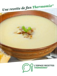 Cream of onion soup by A fan recipe to find in the Soups category on www.espace-recett …, from Thermomix®. Cream Of Onion Soup, Prep & Cook, Entrees, Food And Drink, Pudding, Vegetables, Cooking, Desserts, Gazpacho