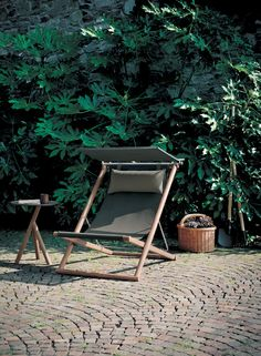Orson deck chair and Stork side table by RODA