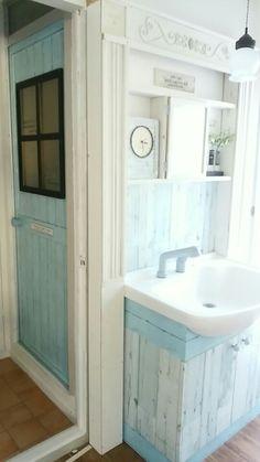 実家リノベ 洗面所にセリアのリメイクシート「オールドウッドB」を貼ってみた | ジャンケンケンのブログ 100均リメイク、100均リノベ