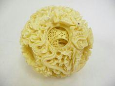 Chinese Puzzle Balls – The Rubik's Cube of the Ancient World Chinese Art, Decorative Items, Sculptures, Carving, World, Ethnic Recipes, Asia, Ivory, Cool Stuff