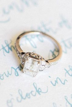18 Vintage Engagement Rings With Stunning Details ❤ See more: www.weddingforwa… 18 Vintage Engagement Rings With Stunning Details ❤ See more: www. Curved Wedding Band, Wedding Rings Simple, Wedding Rings Vintage, Unique Rings, Beautiful Rings, Wedding Jewelry, Gold Wedding, Wedding White, Vintage Diamond Rings