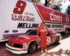 Bill Elliott - Dee sez he is so flat talking even I can't understand him and I'm the queen of Southern accents. Nascar News, Nascar Race Cars, Old Race Cars, Nascar Sprint Cup, Sport Cars, Bill Elliott, Chase Elliott, Vintage Race Car, Drag Racing