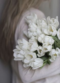 An Armful of White Tulips . My Flower, Flower Power, Beautiful Flowers, Beautiful Pictures, White Tulips, White Flowers, White Lace, Fresh Flowers, White Roses