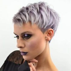 40+ New Pixie Haircut Ideas in 2018 – 2019 – #pixiehaircut #pixiehair #ShortHaircuts #shorthairstyles – Short Hairstyles Source by best_women_hairstyles