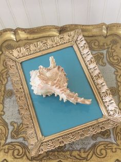 Vintage Gold Ornate Metal Filigree Picture Frame 5 x 7 Frame Hollywood Regency Shabby Chic Cottage French Country Wedding Decor
