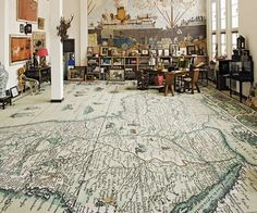 Map on the floor. Wow, I LOVE this idea!