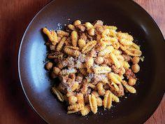Pasta with Chorizo and Chickpeas Recipe  at Epicurious.com
