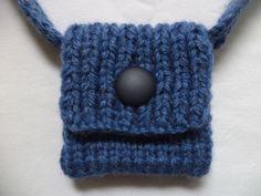 Handtaschen - gestrickte Tasche 11cm - ein Designerstück von babyknopf bei DaWanda