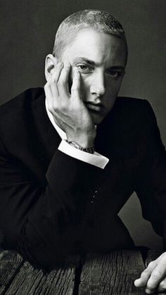 Eminem- well. I mean look at him! A  perfect face ,perfect size, in his thugg swag annnd dressed up  all gentleman like...he can pull off both styles effortlessly!!.he's a beautiful man