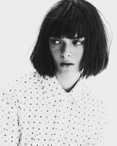 I love this mia Wallace look, but I don't think I will ever be able to pull it off...