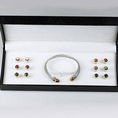 19,99€ -- Aldora, pulsera intercambiable con 7 piedras semipreciosas ideal si quiere hacer un regalo o regalarse... Pearl Earrings, Pearls, Jewelry, Gift, Bangle Bracelets, Jewels, Style, Pearl Studs, Jewlery