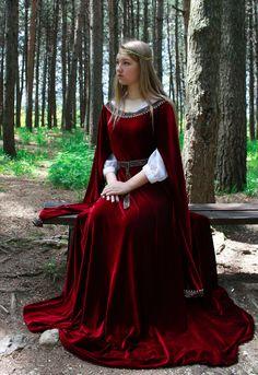 Ready to ship Velvet medieval dress fantasy costume elven Medieval Dress Pattern, Medieval Gown, Medieval Costume, Medieval Fantasy, Elven Costume, Medieval Fashion, Medieval Clothing, Historical Clothing, Gypsy Clothing