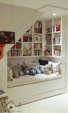 Com um pouco de inspiração, pouco espaço também pode ser aconchegante e funcional! <3