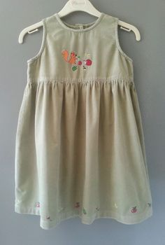 IMMACULATE GIRLS GREEN BLOOMING KIDS PINAFORE DRESS 2 - 3 YRS SQUIRREL HEDGEHOG