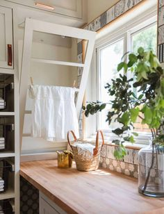 Small Laundry Space, Laundry Nook, Tiny Laundry Rooms, Laundry Room Doors, Laundry Room Remodel, Small Space Storage, Laundry Room Organization, Laundry Room Design, Storage Spaces