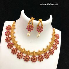 Temple jewellery Available at Ankh Jewels for booking msg on 1 Gram Gold Jewellery, Fancy Jewellery, Ruby Jewelry, Gold Jewellery Design, Fashion Jewelry Necklaces, Temple Jewellery, Bridal Jewelry, Gold Jewelry, India Jewelry