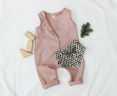 Fait sur commande de bébé en lin/coton Snap-Combi-short en