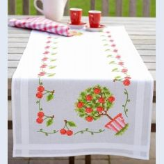 Cherries - camino de mesa - kit para punto de cruz imprimido - Vervaco