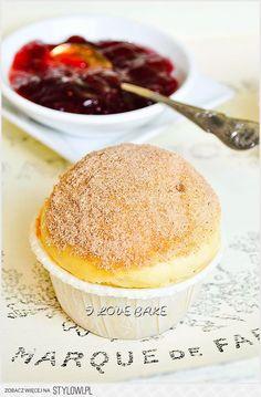 Muffinki jak pączki, najlepsze SKŁADNIKI: (ok. 8 muffi… na Stylowi.pl Sweet Recipes, Cake Recipes, Dessert Recipes, Polish Desserts, Desserts With Biscuits, Sweets Cake, My Dessert, Food Cakes, No Bake Cake