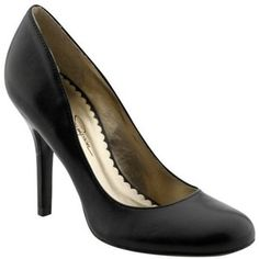 Jessica Simpson Henri, black pump.  By far my most comfortable shoe.
