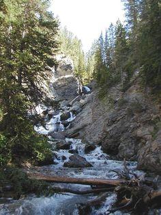 Hike to Donut Falls... Utah