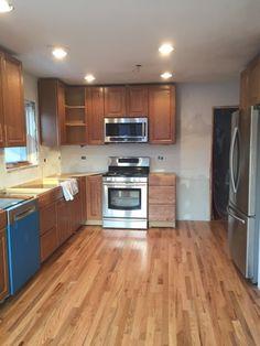 Builder's Pride - x 2 Natural Red Oak Kitchen Flooring, Kitchen Cabinets, Kitchen Appliances, Lumber Liquidators, Red Oak, Natural Red, Hardwood Floors, Home Decor, Planks