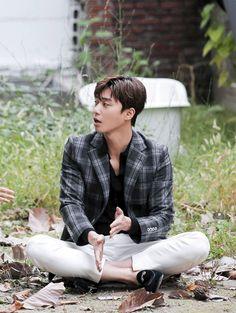 Blazer and pants. Park Hae Jin, Park Seo Joon, Seo Kang Joon, Korean Star, Korean Men, Asian Actors, Korean Actors, Song Joong, Lee Young