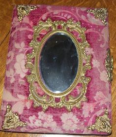 Velvet and mirror embelished vintage photo album. Victorian Photos, Antique Photos, Vintage Photographs, Old Photos, Vintage Photos, Vintage Vogue, Retro Vintage, Photo Album Covers, Magick Book