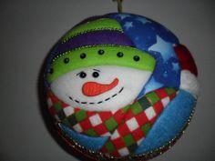 mogolla muñeco de nieve www.arteadorno.blogspot.com Styrofoam Art, Xmas, Christmas Ornaments, Reno, Wool Felt, Felted Wool, Snowman, Santa, Quilts