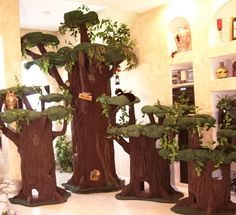 A really cool cat forest || Cat Condos, Cat Beds, & other assorted Cat Furniture
