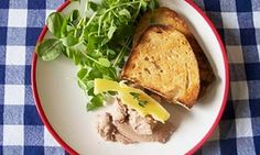 Felicity's Perfect Chicken Liver Pâté with notes on different methods and for use with game meat. Chicken Liver Pate, Chicken Livers, Pate Recipes, Cooking Recipes, Charcuterie, Liver And Bacon, Liver Pate Recipe, Parfait Recipes, Perfect Chicken