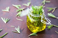 Rosemary Oil to Grow Natural Hair Fast – & Hair / Black African Hair / Afro Hair / Curly Hair Olive Oil Hair, Hair Oil, 4c Hair, Curly Hair, Short Hair, How To Grow Natural Hair, Natural Hair Growth, Oil For Hair Loss, Hair Loss Remedies
