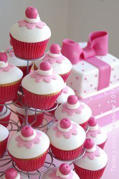Tartas y nubes de azúcar. Wonderful cakesl!!