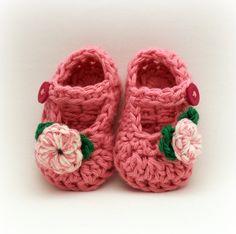 Crochet Booties Pattern - Too cutee!