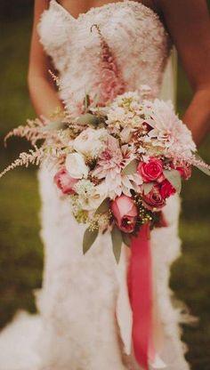 Wedding bouquet idea; Featured Photographer: Nessa K Photography