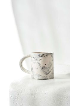 Marble coffee mug | The Fifth Watches // Minimal meets classic design: www.thefifthwatches.com