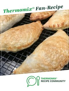 Fair Dinkum Aussie Pasties by monicaih. A Thermomix <sup>®</sup> recipe in the category Baking - savoury on www.recipecommunity.com.au, the Thermomix <sup>®</sup> Community.