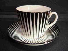 Zebra - Uppsala Ekeby Makes my morning cuppa taste even better! Ceramic Decor, Ceramic Cups, Ceramic Art, Uppsala, Swedish Design, Blue Plates, Zebras, Vintage Kitchen, Tea Set