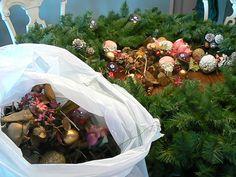 eighties decor// wreath makeover